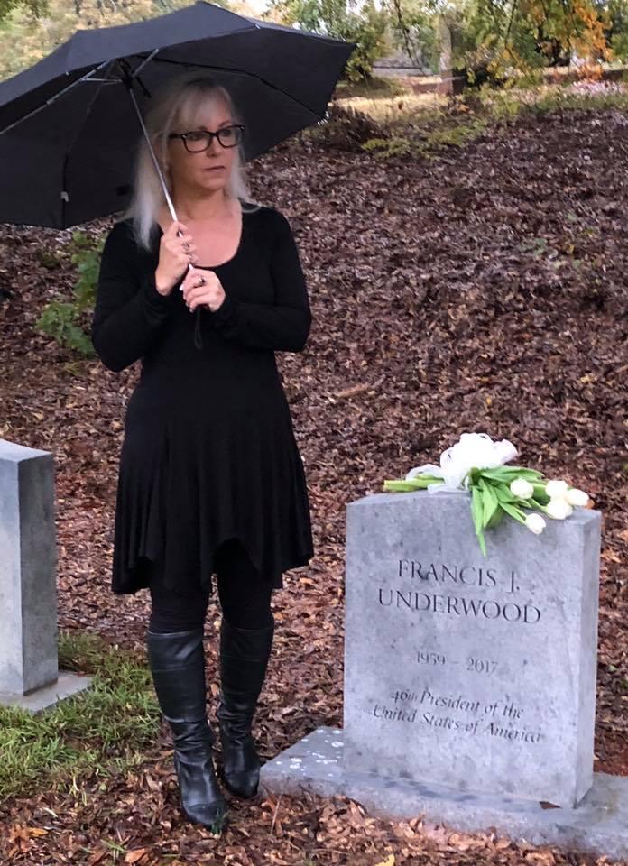 Фрэнка Андервуда из «Карточного домика» похоронили на реальном кладбище