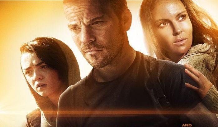 Смотреть фильм Тепловой удар (2013) | Heatstroke онлайн