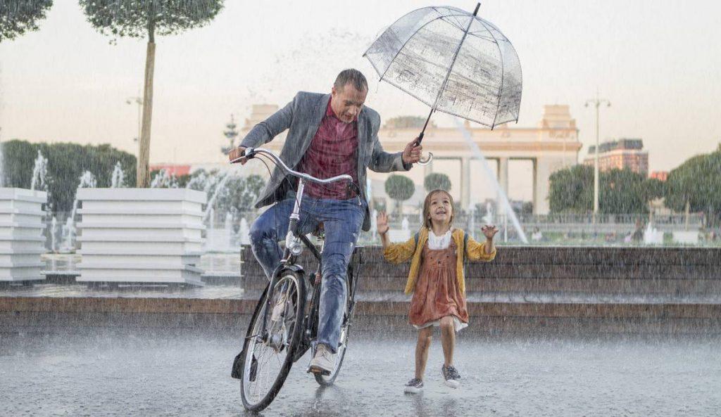 """«Давайте жить дружно» - рецензия на фильм """"Подкидыш"""""""