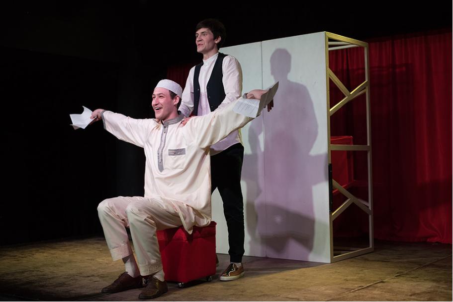 Кто ты такой, мсье Ибрагим? Театр на Булаке в Казани показал своё видение спектакля