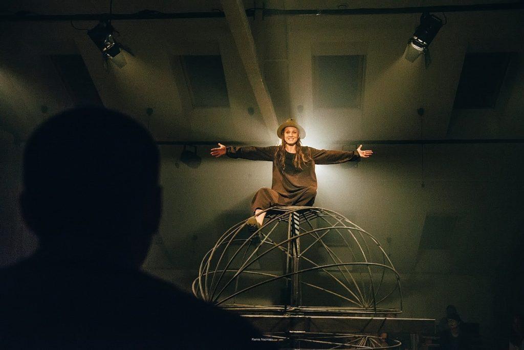 """Рецензия на спектакль """"Солнечная линия"""" от Театр.Акт"""